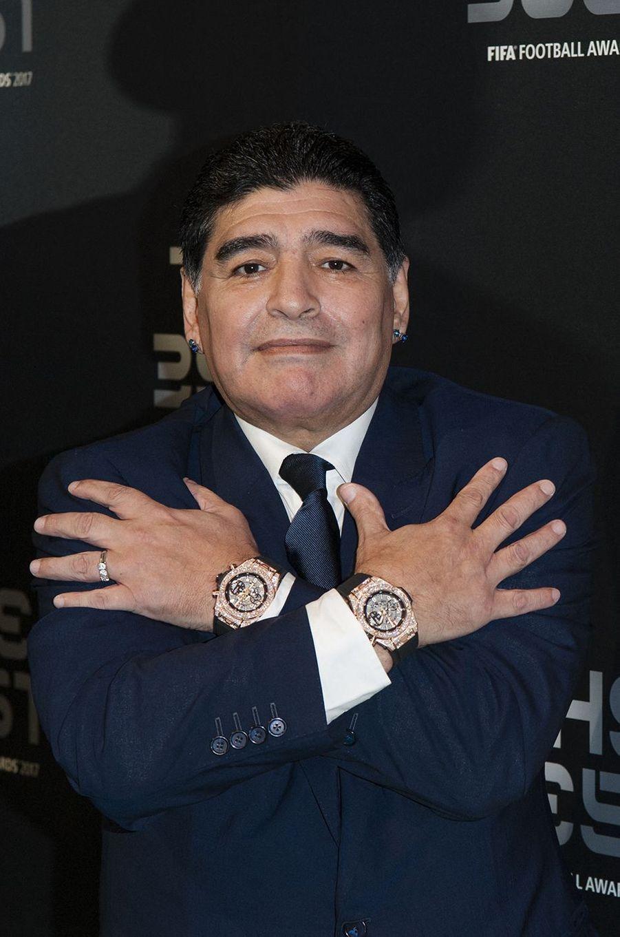 Tendances France (7e) et monde (8e) : Diego Maradona figure dans le Top 10 des personnalités disparues les plus recherchées sur Google en 2020