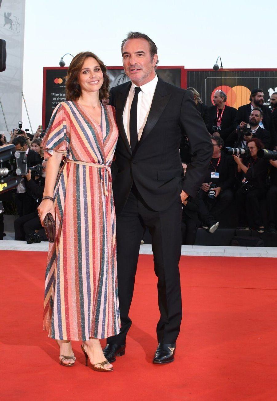Jean Dujardin et Nathalie Péchalat, mariés depuis 2018, ont 11 ans de différence d'âge.