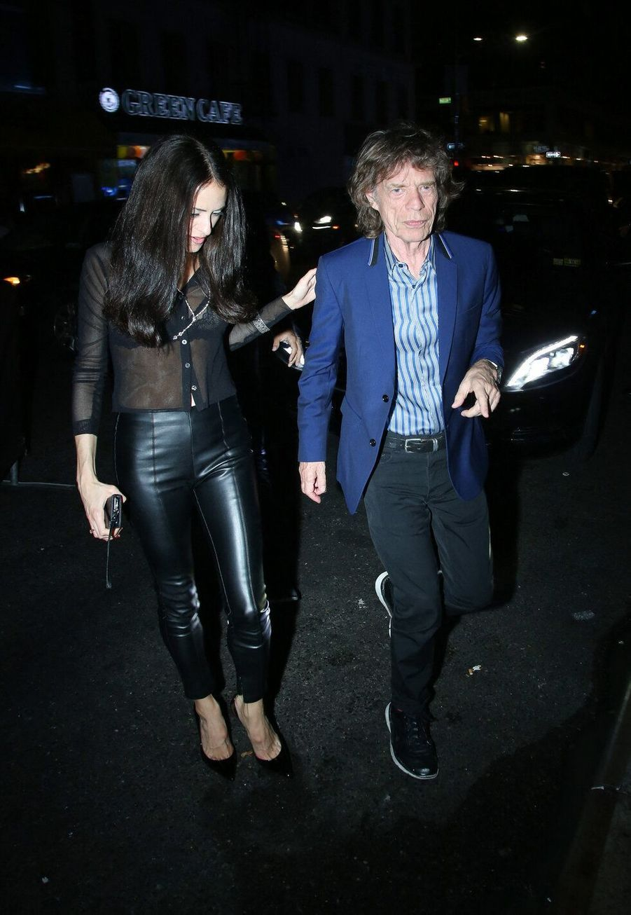 La danseuse de ballet Melanie Hamrick et Mick Jagger, ensemble depuis 2014, ont 43 ans de différence d'âge.