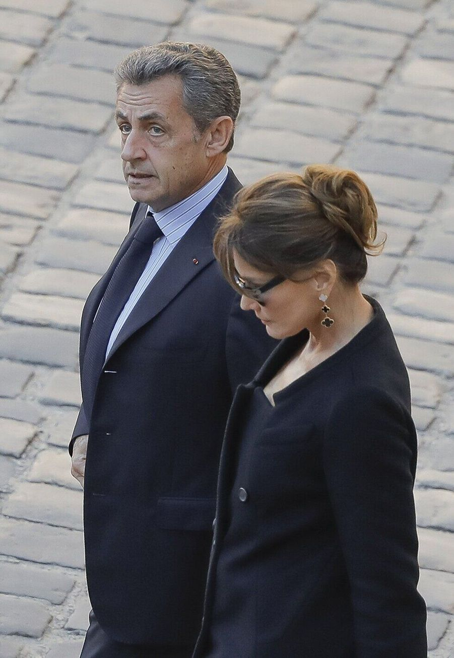 Nicolas Sarkozy et Carla Bruni, mariés depuis 2008, ont 13 ans de différence d'âge.