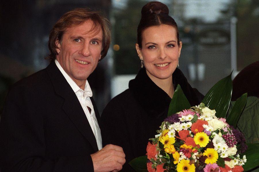 Carole Bouquet et Gérard Depardieu en 1997. Ils ont formé un couple de 1996 à 2005.