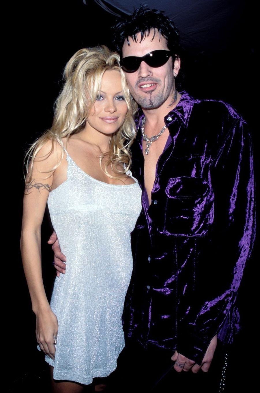 Pamela Anderson et Tommy Lee en 1996. Ils s'étaient mariés en 1995 avant de divorcer en 1998.