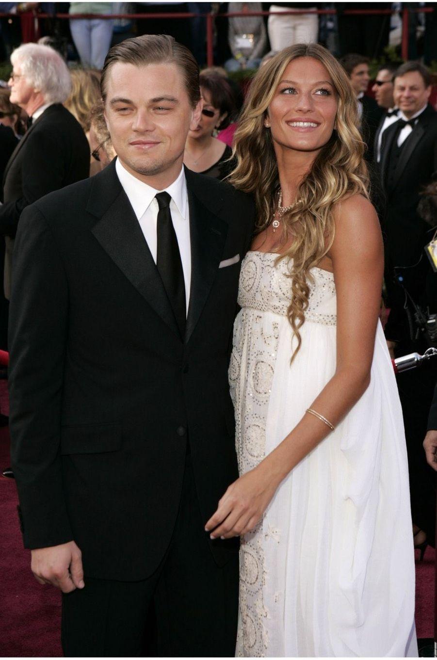 Leonardo DiCaprio et Gisele Bündchen en 2005. Ils se sont séparés en 2005 après cinq ans de relation.