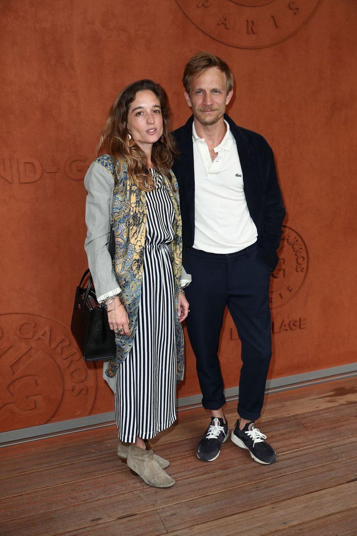 Jérémie Renier et son épouse Hélèneà Roland-Garros le 30 mai 2019