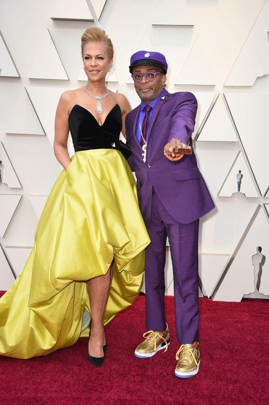 Tonya Lewis Lee et Spike Leesur le tapis rouge de la 91e cérémonie des Oscars le 24 février 2019
