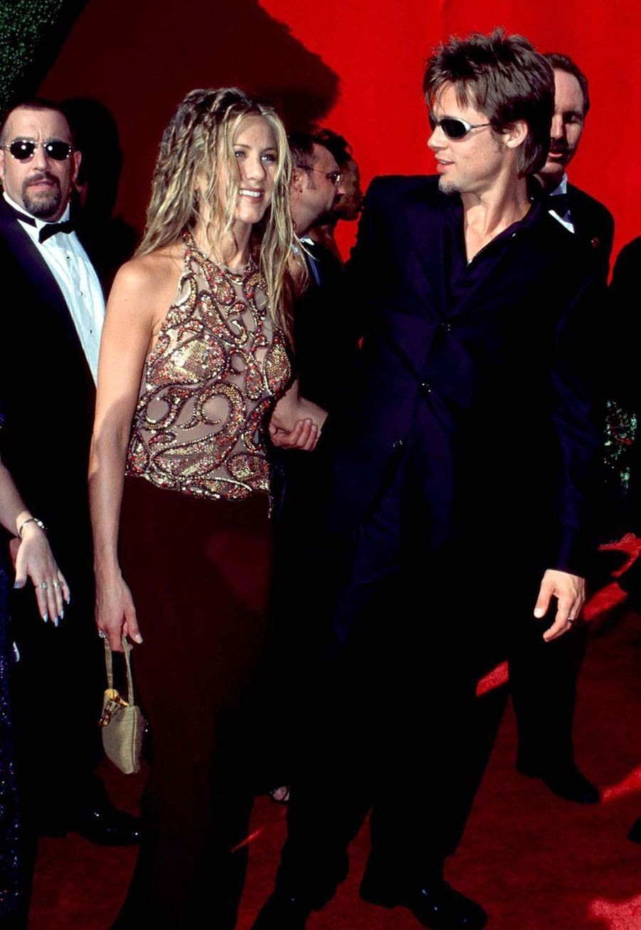 Brad Pitt et Jennifer Aniston aux Emmy Awards en septembre 1999