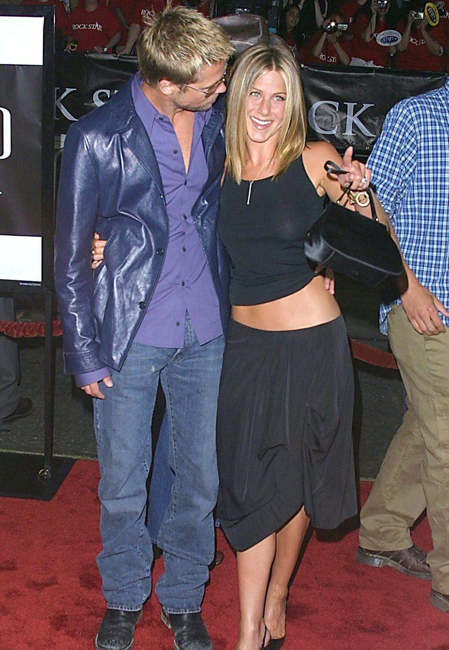 """Jennifer Aniston et Brad Pitt à la première du film """"Rock Star"""" à Los Angeles en septembre 2001"""