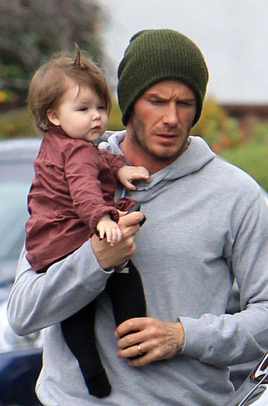 Harper Beckham avec son père David Beckham en mars 2012