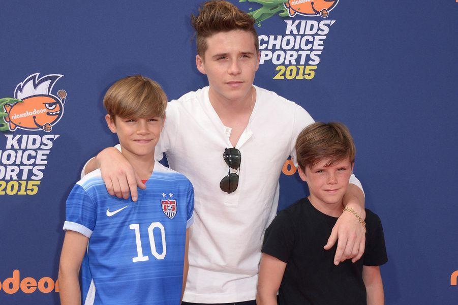 Romeo, Brooklyn et Cruz Beckham en juillet 2015