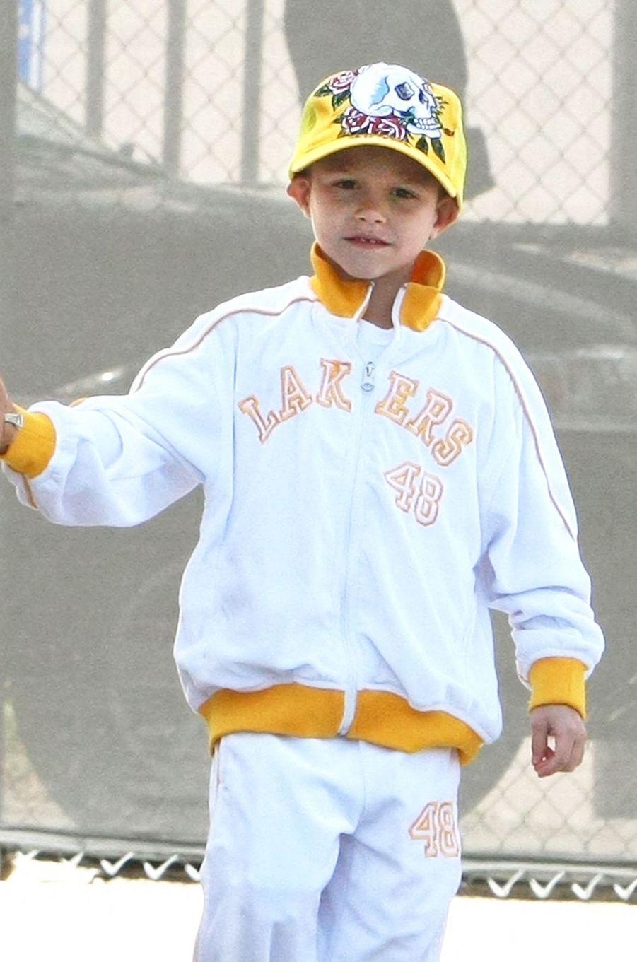 Romeo Beckham en mars 2008