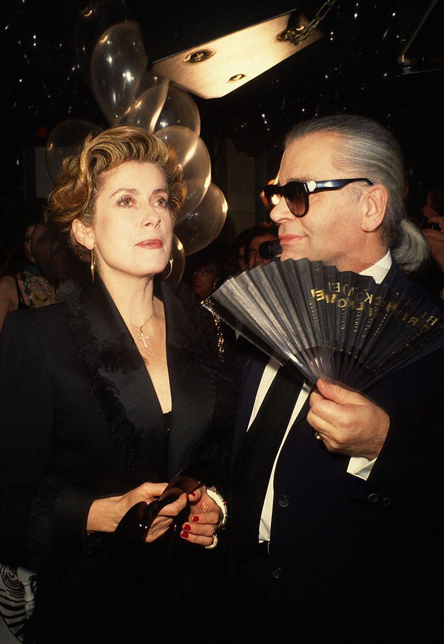 AvecCatherine Deneuve dans les années 1990