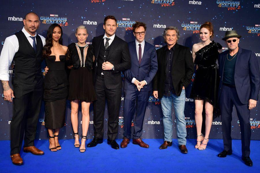 """Toute l'équipe du film était présente à l'avant-première des """"Gardiens de la Galaxie : volume 2"""" à Londres."""