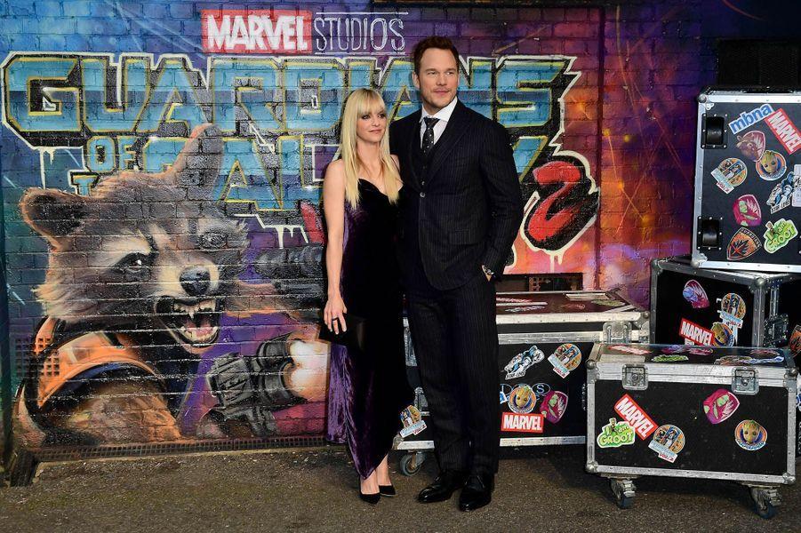 """Chris Pratt et Anna Faris à l'avant-première des """"Gardiens de la Galaxie : volume 2"""" à Londres."""