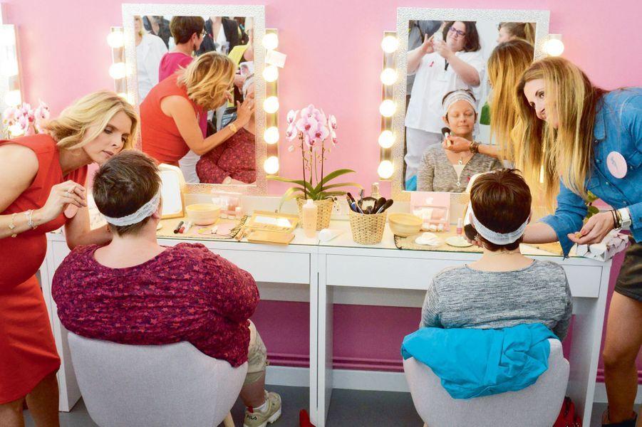 Atelier maquillage dans la Maison des Bonnes Fées à Nancy avec Sylvie Tellier et Sophie Thalmann.