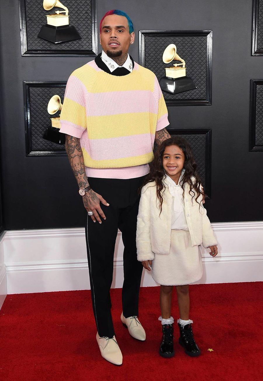 Chris Brown et sa fille Royalty Brownà la soirée des Grammy Awards à Los Angeles le 26 janvier 2020.
