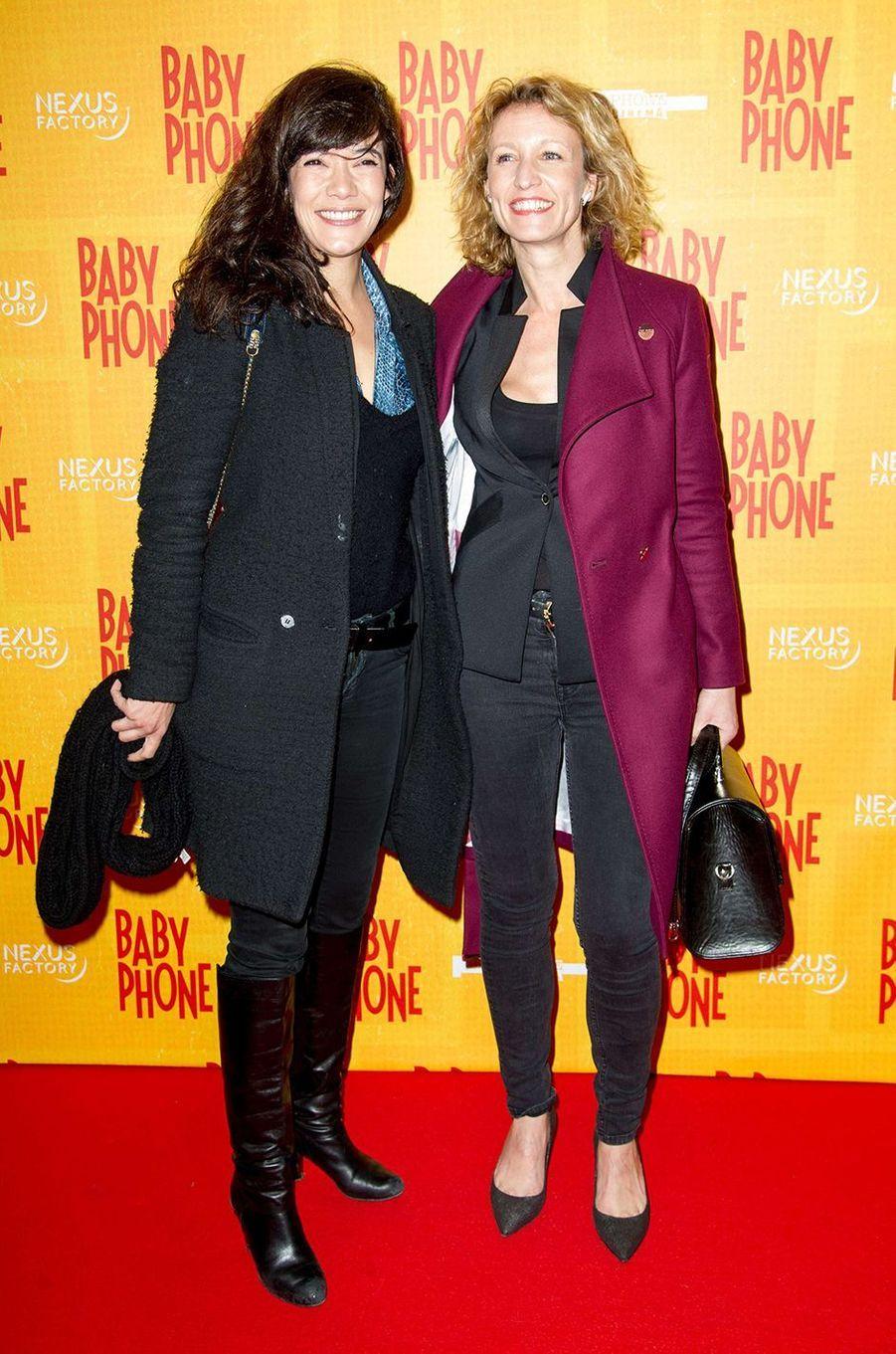 Mélanie Doutey et Alexandra Lamy : les meilleures amies. Près de vingt ans d'amitié les lient. Après avoir travaillé ensemble pour la première fois en 2006 dans «On va s'aimer», elles se sont retrouvées dans «Les Infidèles» (2012) et dans «Jamais le premier soir» (2014). En-dehors des plateaux de tournage, elles sont inséparables.