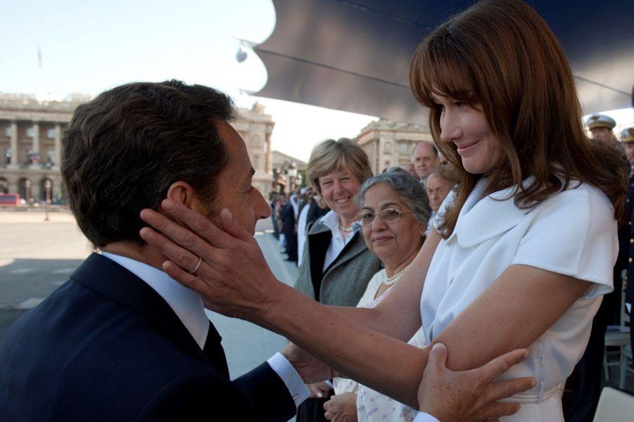 Carla Bruniet Nicolas Sarkozy à Paris, en juillet 2009.