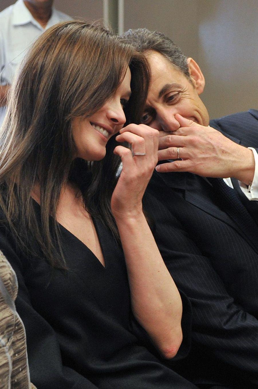 Carla Bruniet Nicolas Sarkozy à Cape Town, en février 2008.