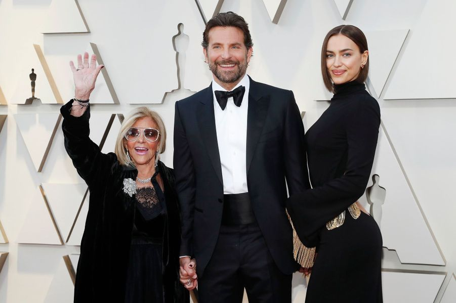 La mère de Bradley Cooper, Bradley CooperetIrinaShayk