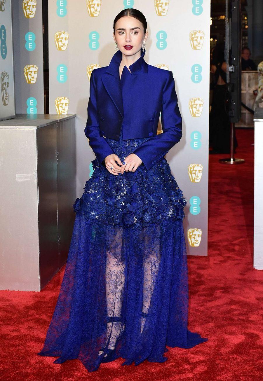 Lily Collins en robe Givenchyaux British Fashion Awards à Londres le 2 décembre 2019.