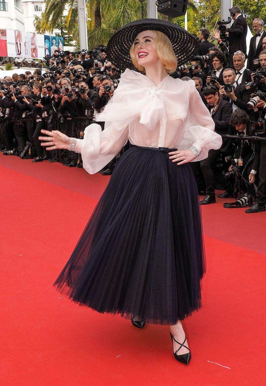 Elle Fanning en robe Dior au Festival de Cannes le 21 mai 2019.