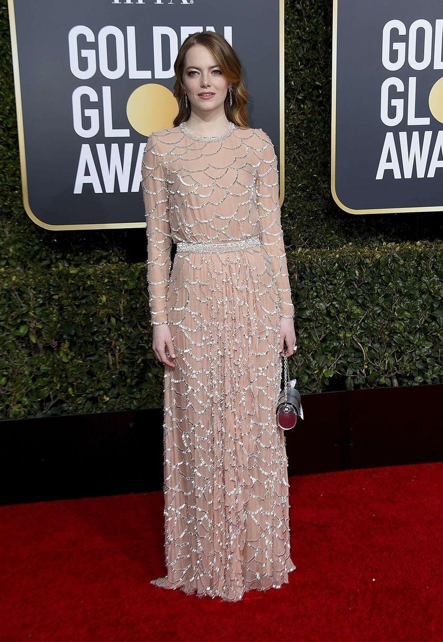 Emma Stone en robe Louis VuittonauxGolden Globes à Los Angles le 6 janvier 2019.