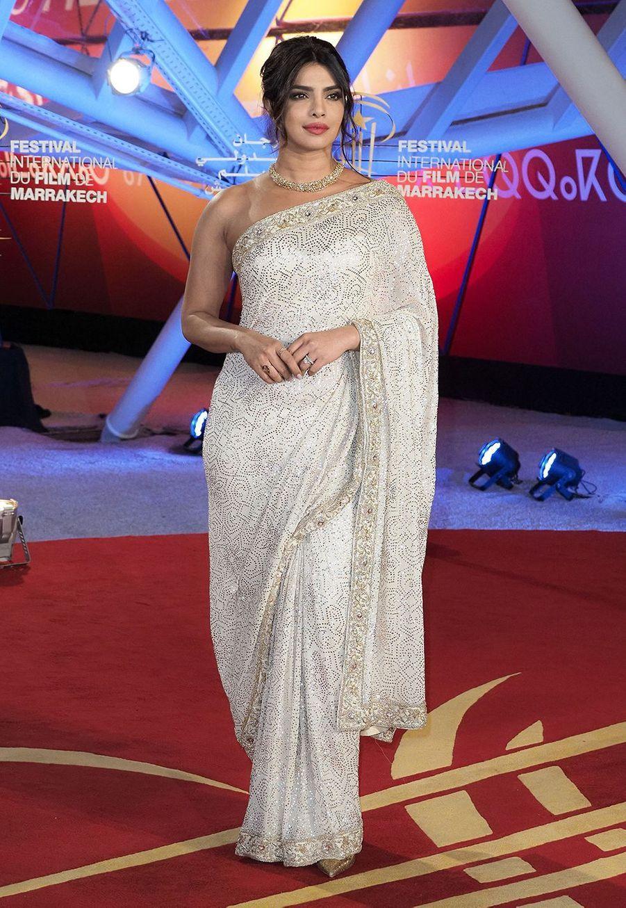 Priyanka Chopra en sari auMarrakech International Film Festival le 5décembre 2019.