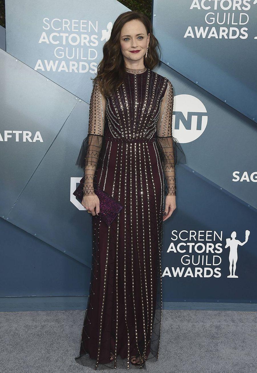 Alexis Bledel habillée d'une robeTemperley Londonlors desScreen Actors Guild Awards à Los Angeles, le 19 janvier 2020.