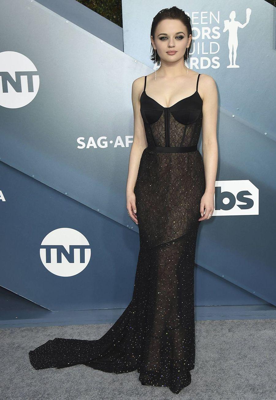 Joey King dans une robe Jason Wulors desScreen Actors Guild Awards à Los Angeles, le 19 janvier 2020.