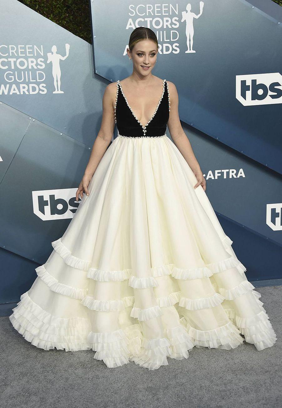 Lili Reinhart en robeMiu Miulors desScreen Actors Guild Awards à Los Angeles, le 19 janvier 2020.