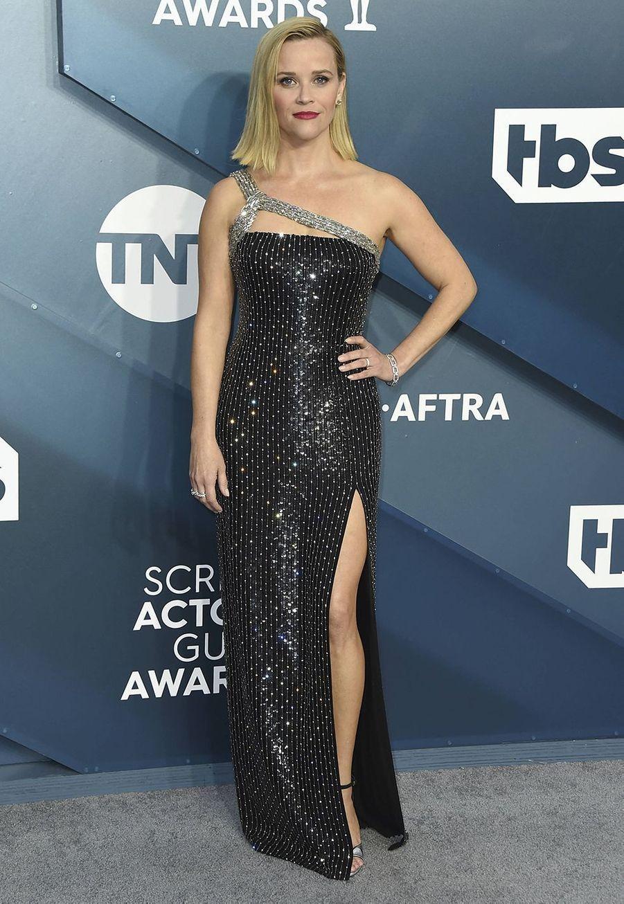 Reese Witherspoon vêtue d'une robe Celinelors desScreen Actors Guild Awards à Los Angeles, le 19 janvier 2020.