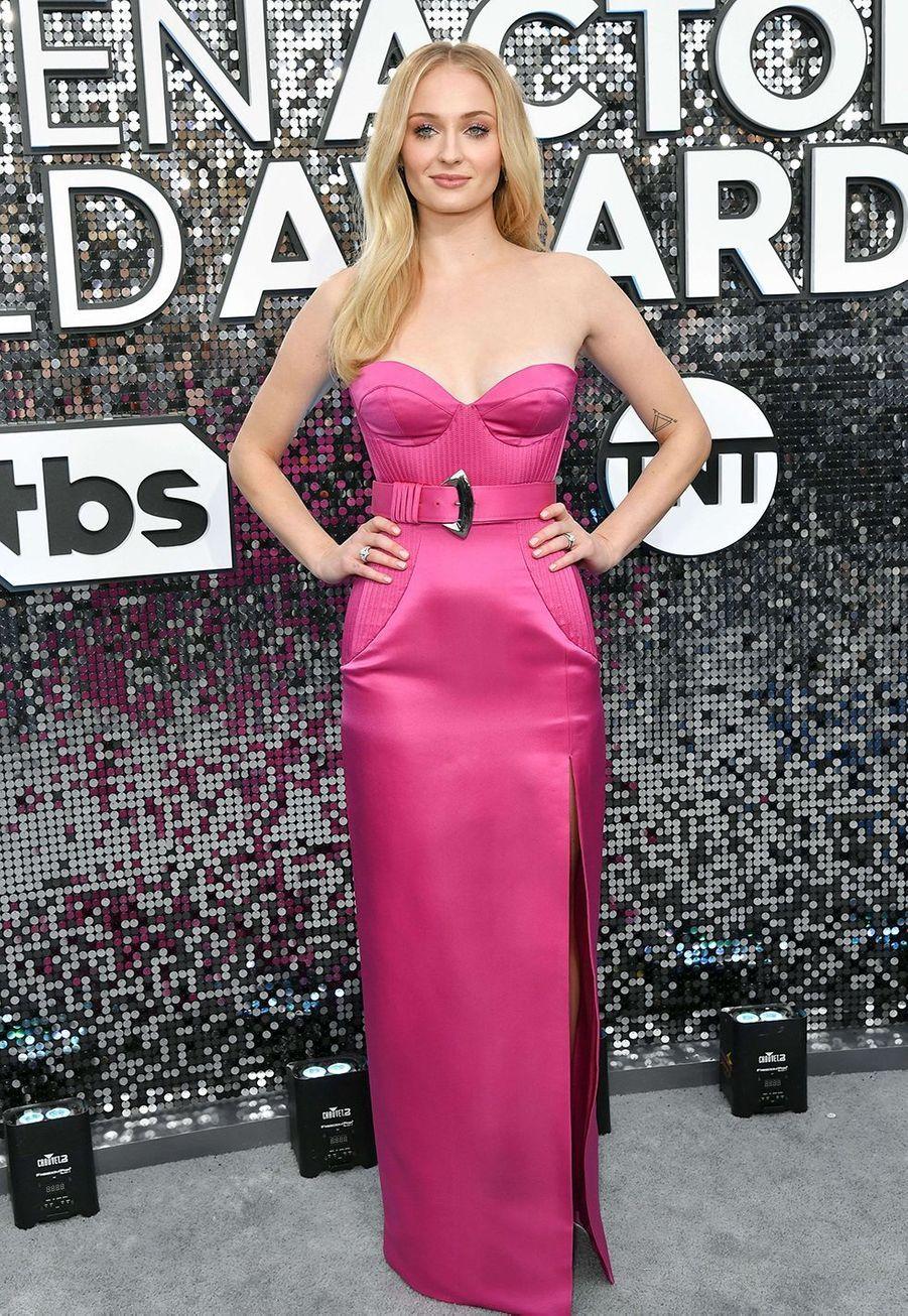 Sophie Turner dans une robe Louis Vuittonlors desScreen Actors Guild Awards à Los Angeles, le 19 janvier 2020.