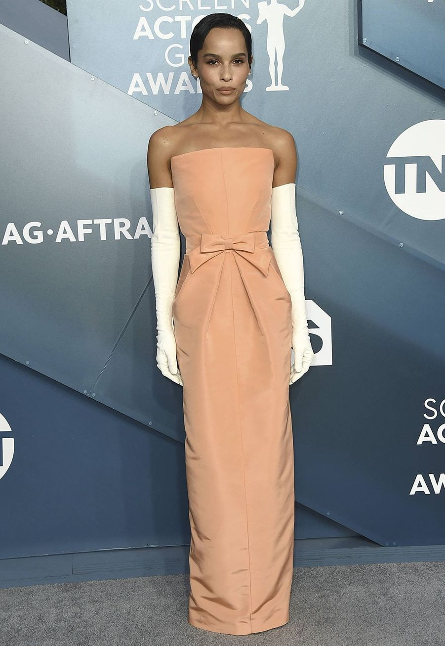 Zoe Kravitz dans une création signée Oscar de la Rentalors desScreen Actors Guild Awards à Los Angeles, le 19 janvier 2020.