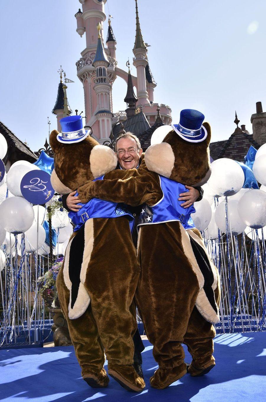 Jean-Pierre Pernautà Disneyland Paris.