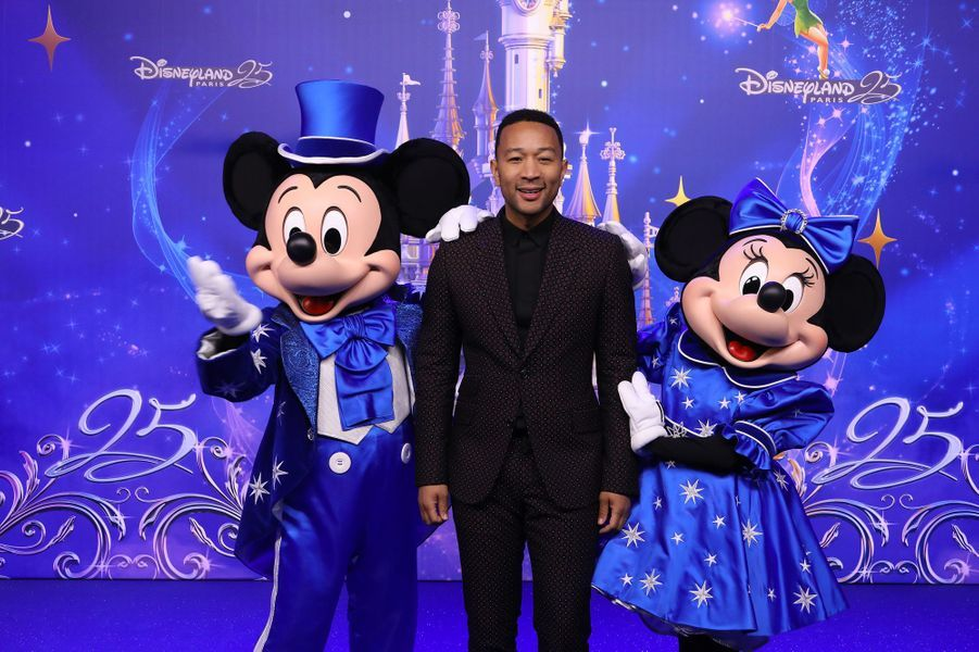 John Legendà Disneyland Paris.