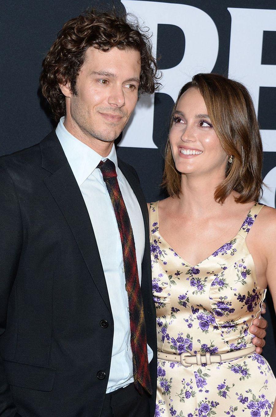 Adam Brody et Leighton Meester sont devenus parents pour la seconde fois en septembre 2020. Il s'agit d'un petit garçon.