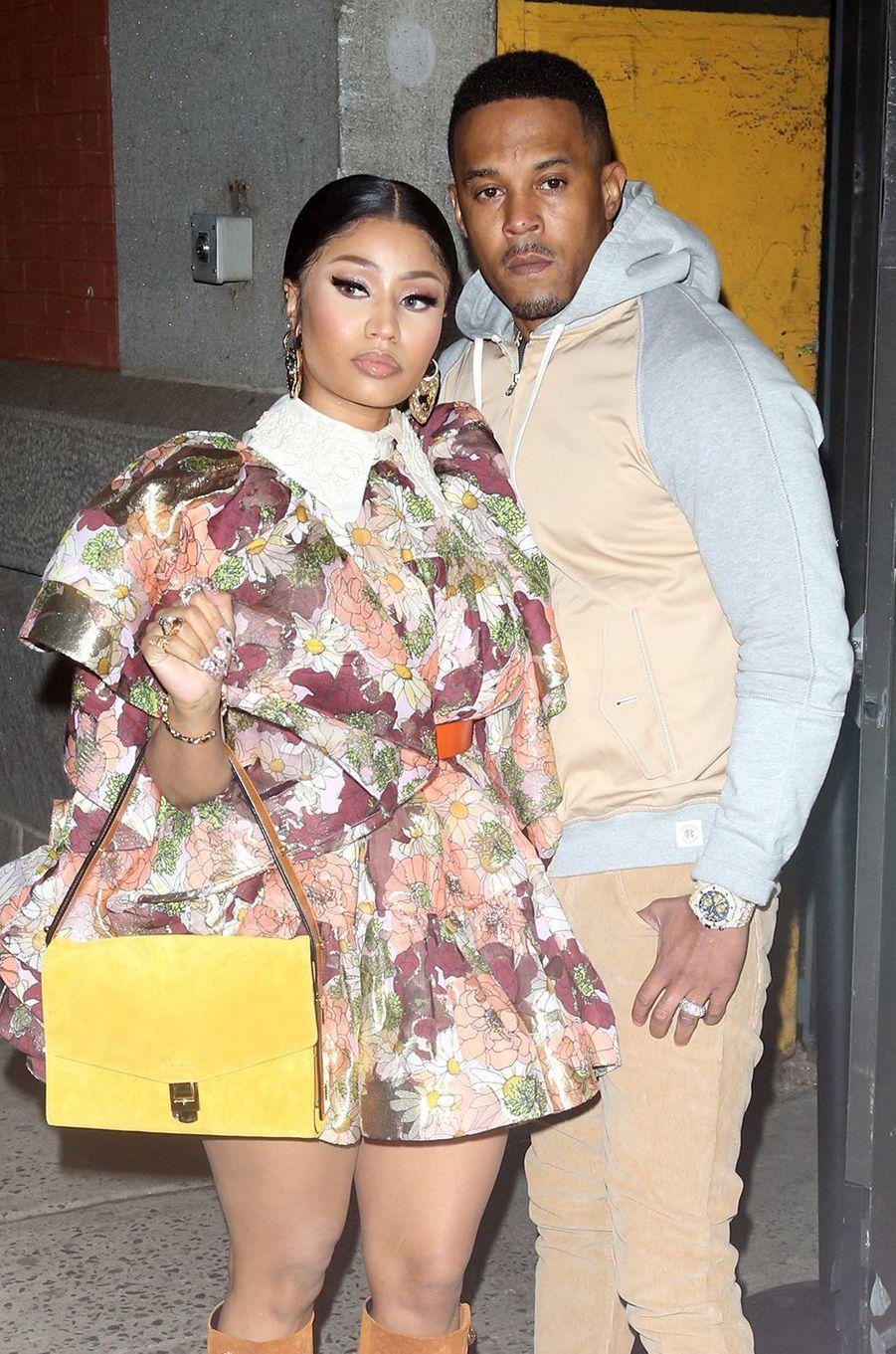 Nicki Minaj a eu son premier enfant avec son mari Kenneth Petty, un petit garçon né en septembre 2020.
