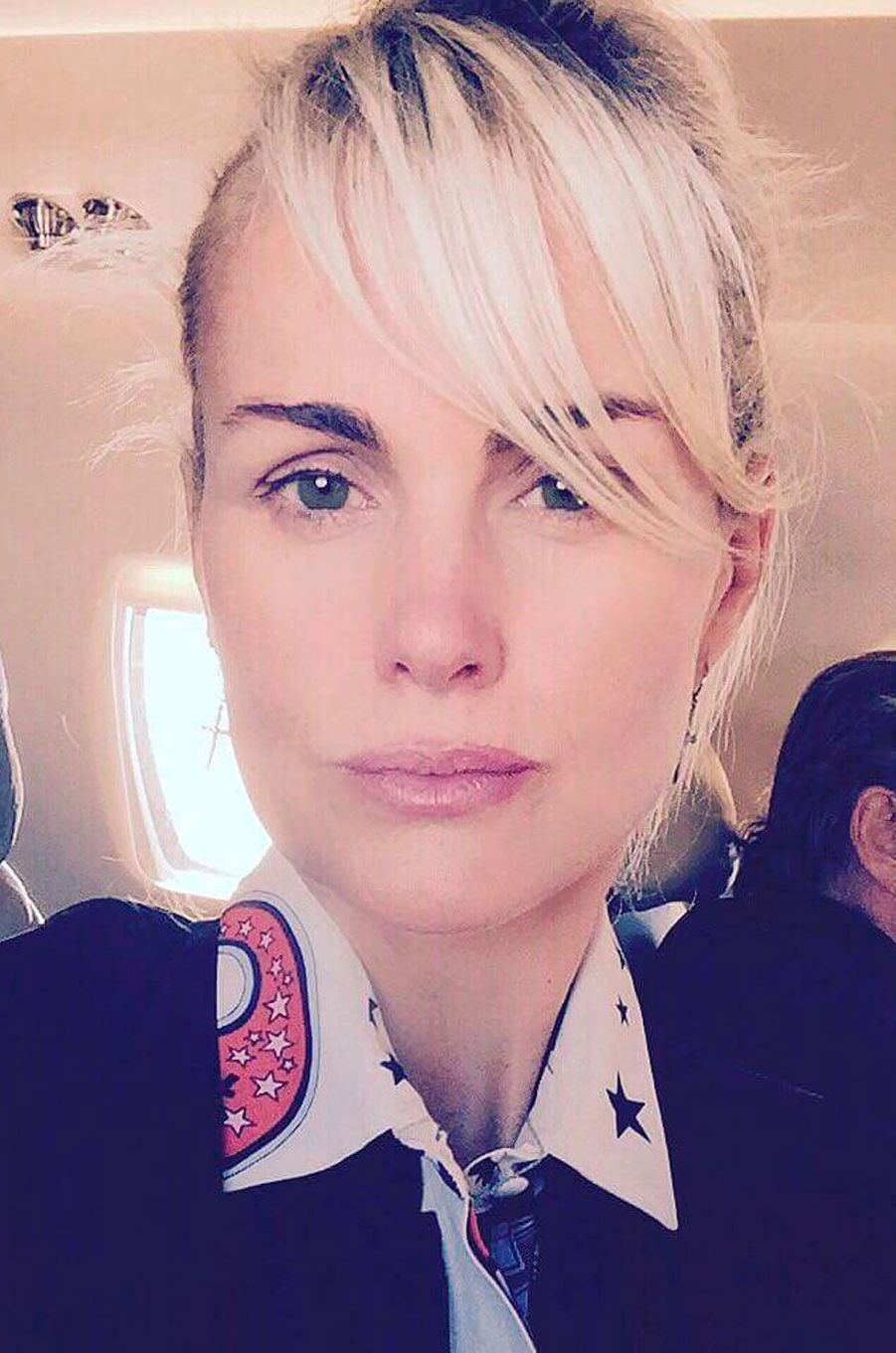 Laeticia Hallyday sans maquillage