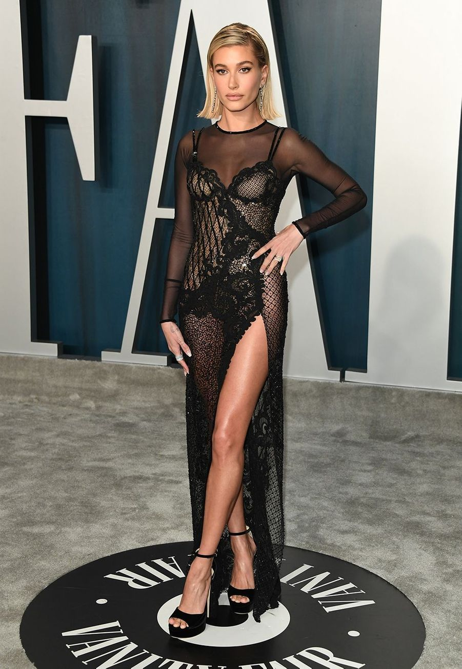Hailey Bieber à l'after-party des Oscars organisée par «Vanity Fair» à Los Angeles le 9 février 2020