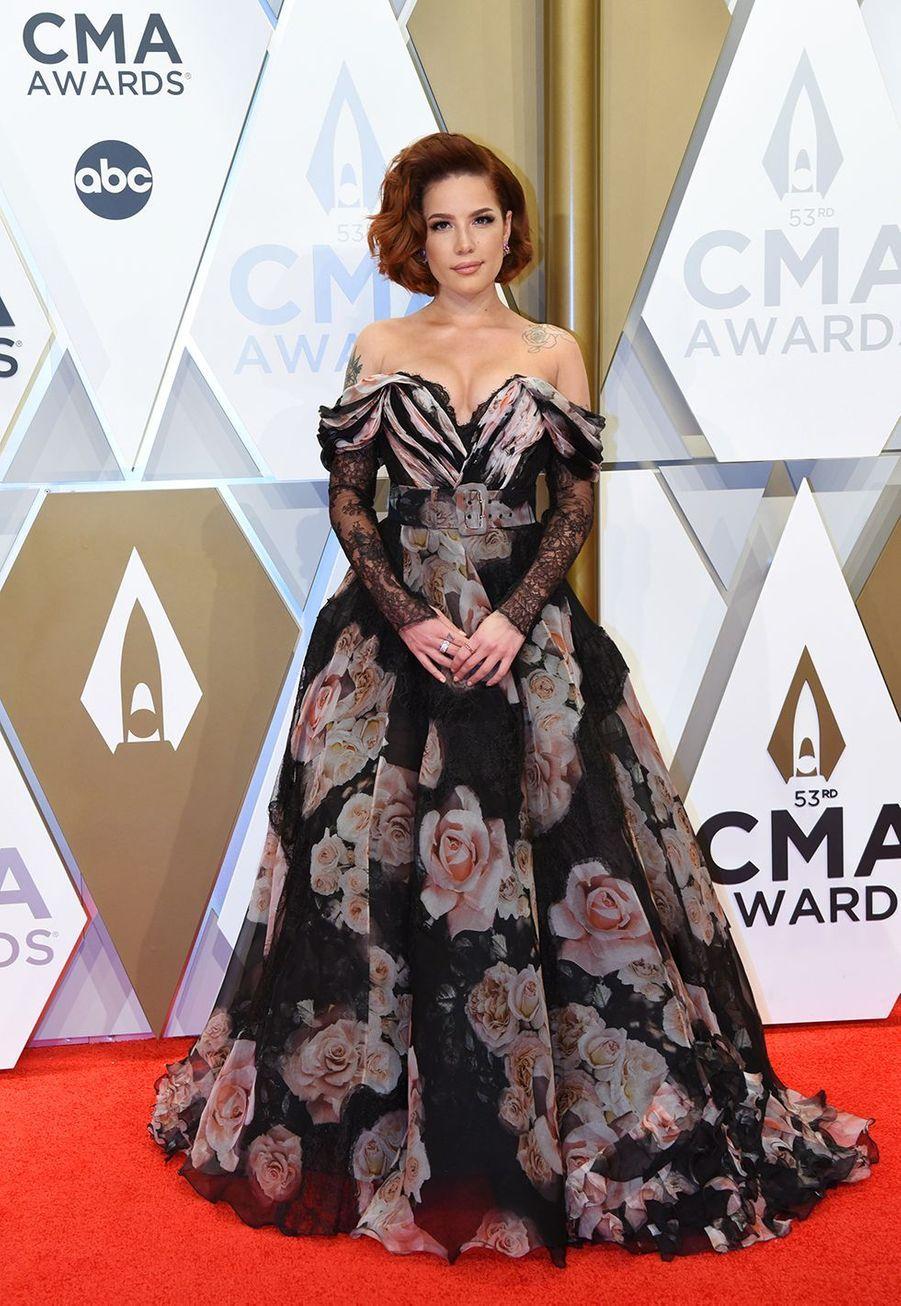 Halseyaux Country Music Awards à Nashville le 13 novembre 2019