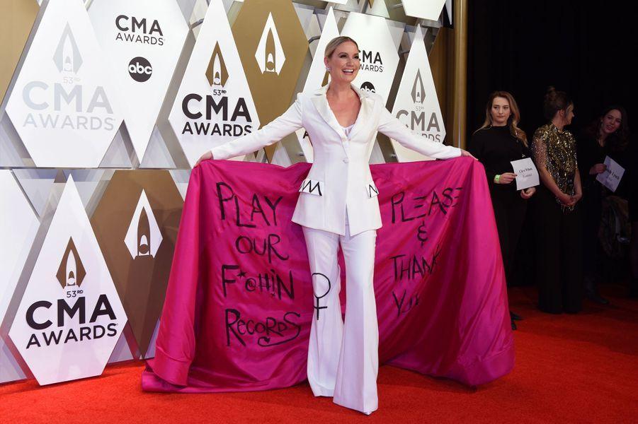 Jennifer Nettlesaux Country Music Awards à Nashville le 13 novembre 2019