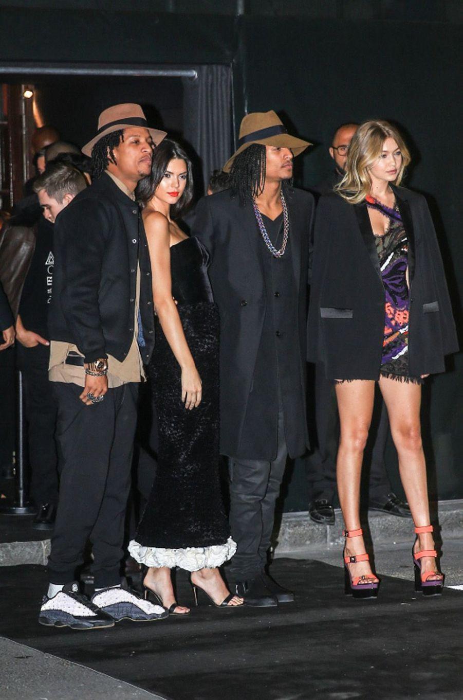 Les Twins avec Kendall Jenner et Gigi Hadid.