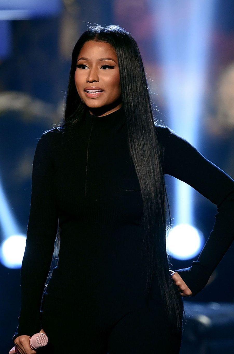 Nicki Minaj s'appelle Onika Tanya Maral