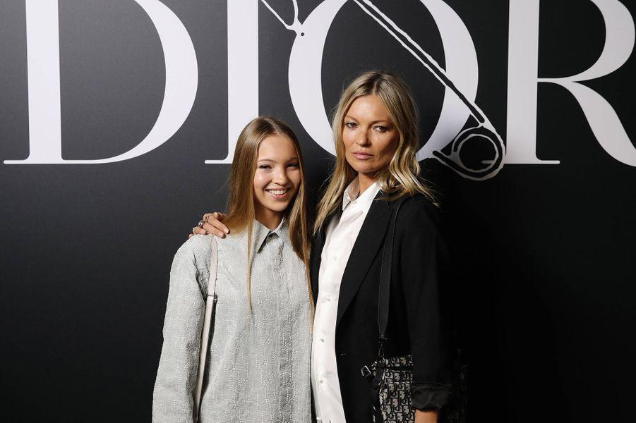 Kate Moss et sa fille Lila Moss au défilé Dior Homme à Paris en janvier 2020