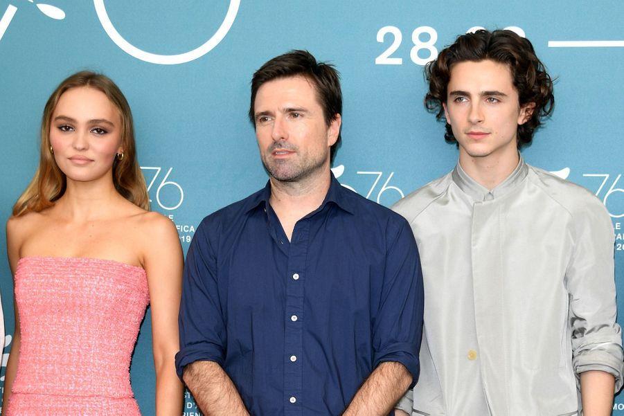 Lily-Rose Depp, David Michôd et Timothée Chalamet, le 2 septembre 2019 à Venise.