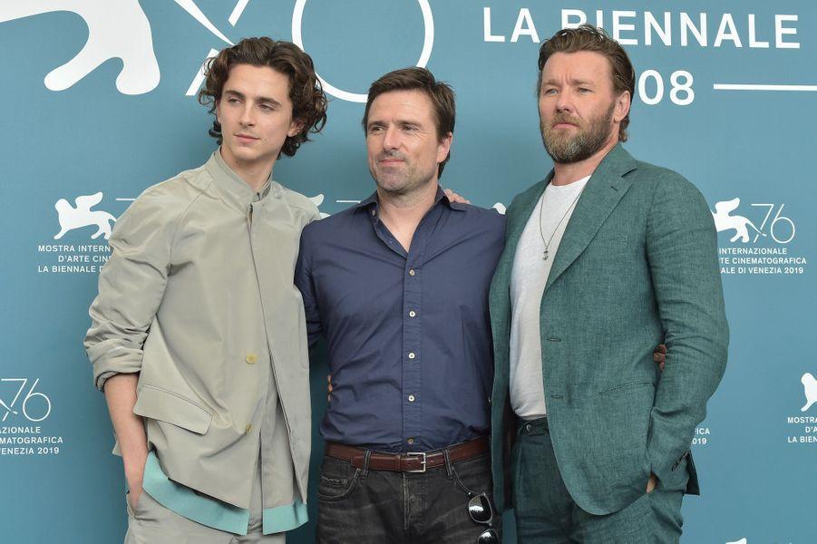 Timothée Chalamet, David Michôd etJoel Edgerton, le 2 septembre 2019 à Venise.