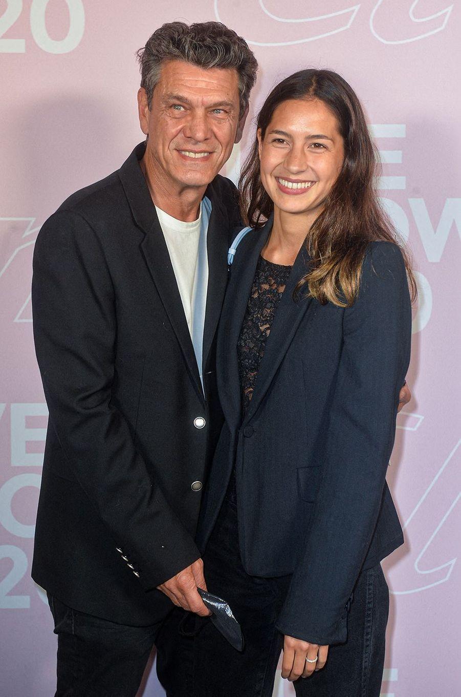 Marc Lavoine et Line Papin au défilé Etam à Paris le 29 septembre 2020