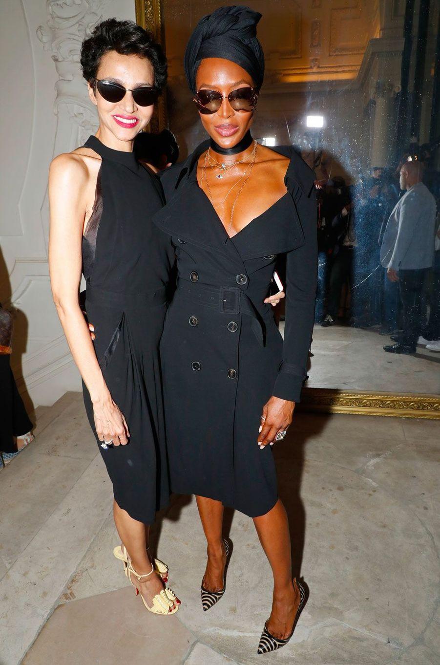 Farida Khelfa et Naomi Campbell au défilé Jean-Paul Gaultier le 4 juillet 2018 à Paris