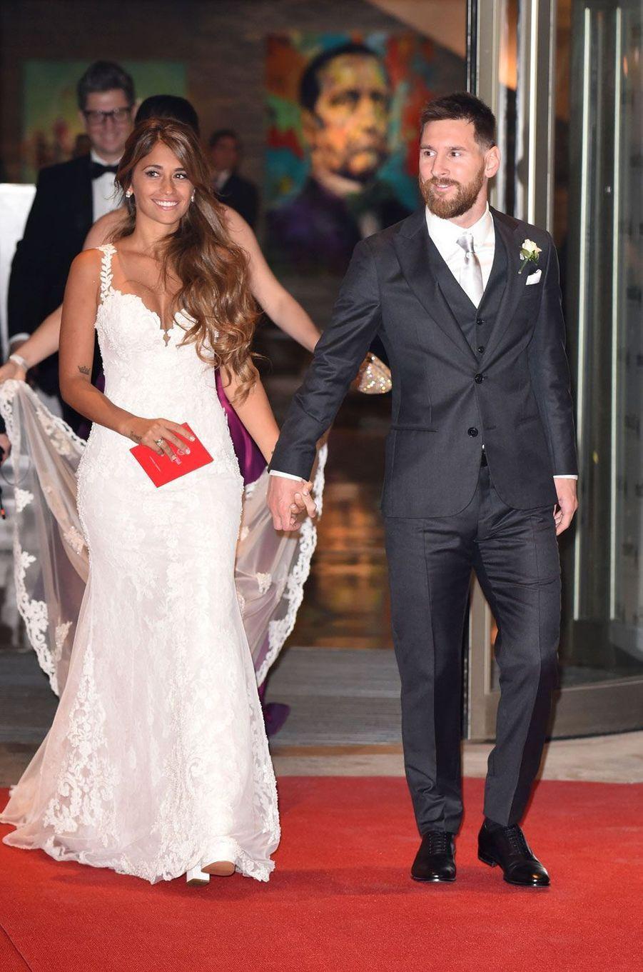 Lionel Messi etAntonella Roccuzzo se sont mariés vendredi.