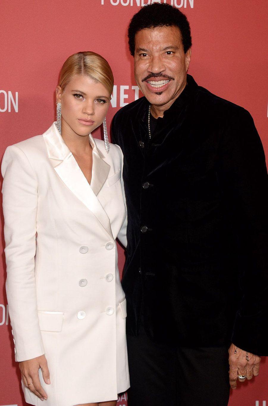 Sofia et Lionel Richieà la soirée des SAG- AFTRA Foundation's Patron of the Artists Awards à Los Angeles, le 9 novembre 2017.